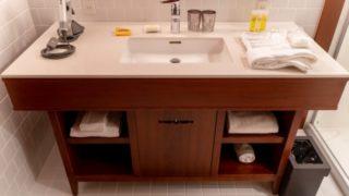 化粧水はどこに置くのがベスト?浴室か洗面所の収納方法について
